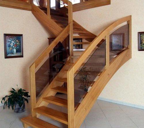 L'escalier tournant, une alternative à l'escalier droit